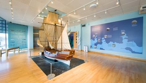 dommoore_2015_mayflowermuseum_install_full-7314
